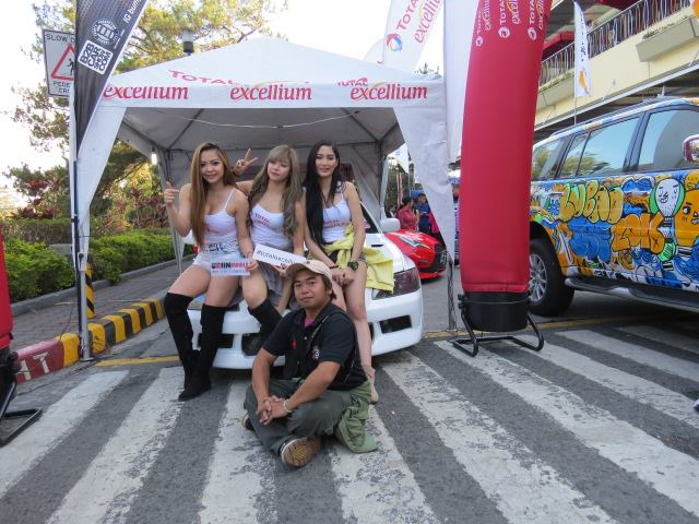 Yassi Benitez and the crew with Volts Gabrillo