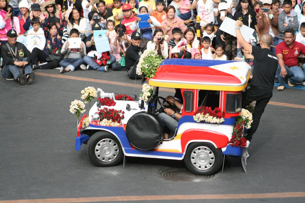Jeepito makes a crowd appearance in Panagbenga 2016