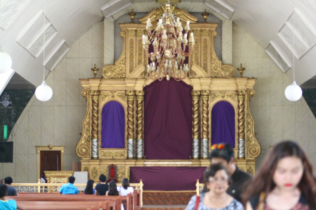 St. Dominic de Guzman Parish Altar (up close)