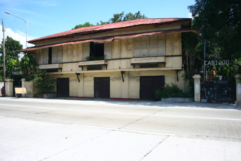 old houses in san juan, la union